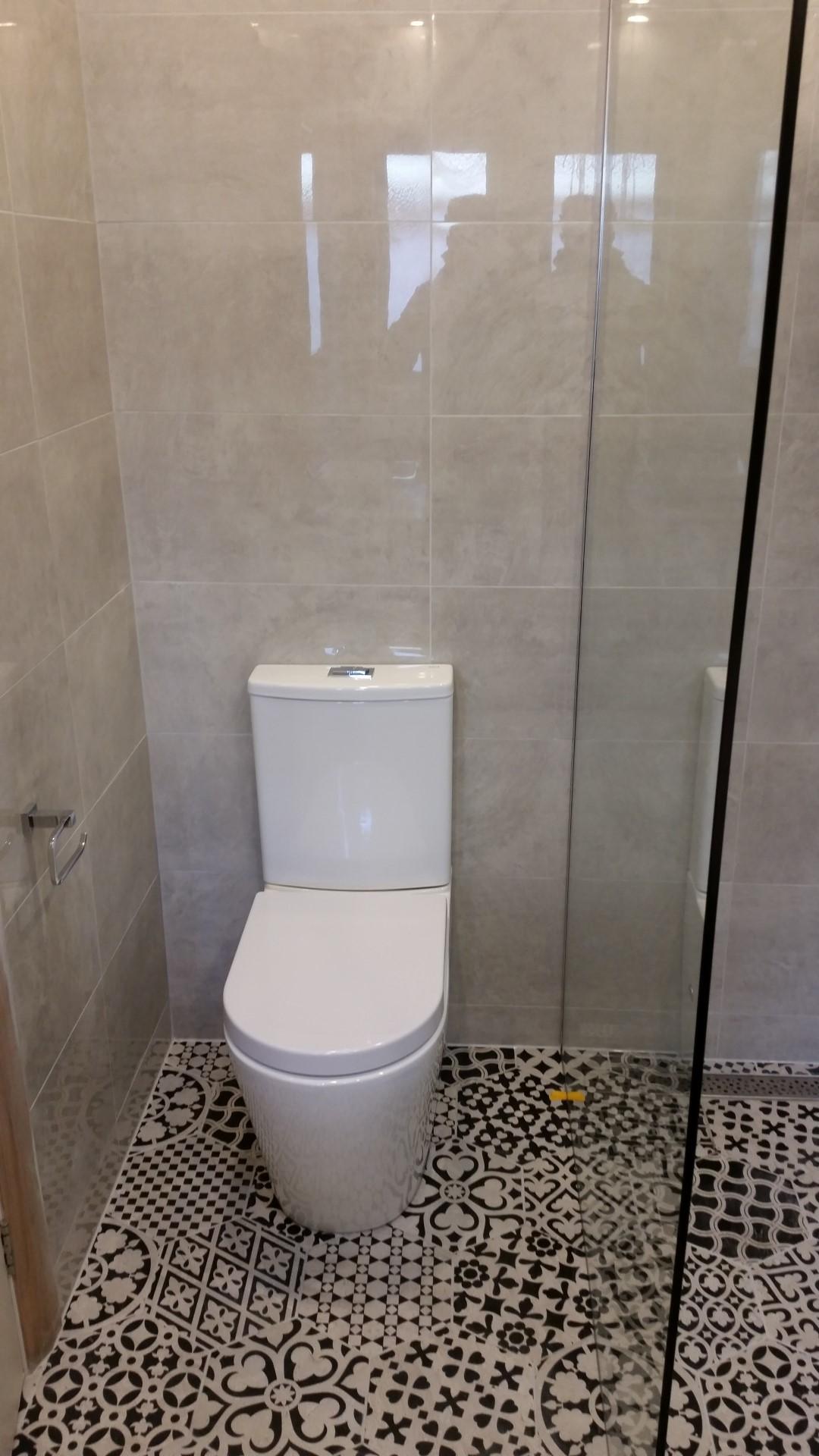 Carnegie Bathroom