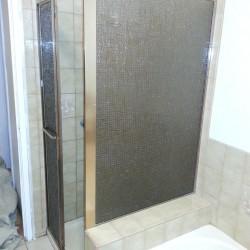 Small Bathroom BEFORE